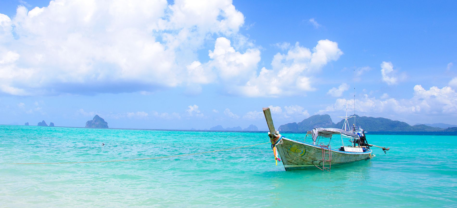 shutterstock_67584268 – Scuba Diving Phi Phi Island Princess Divers